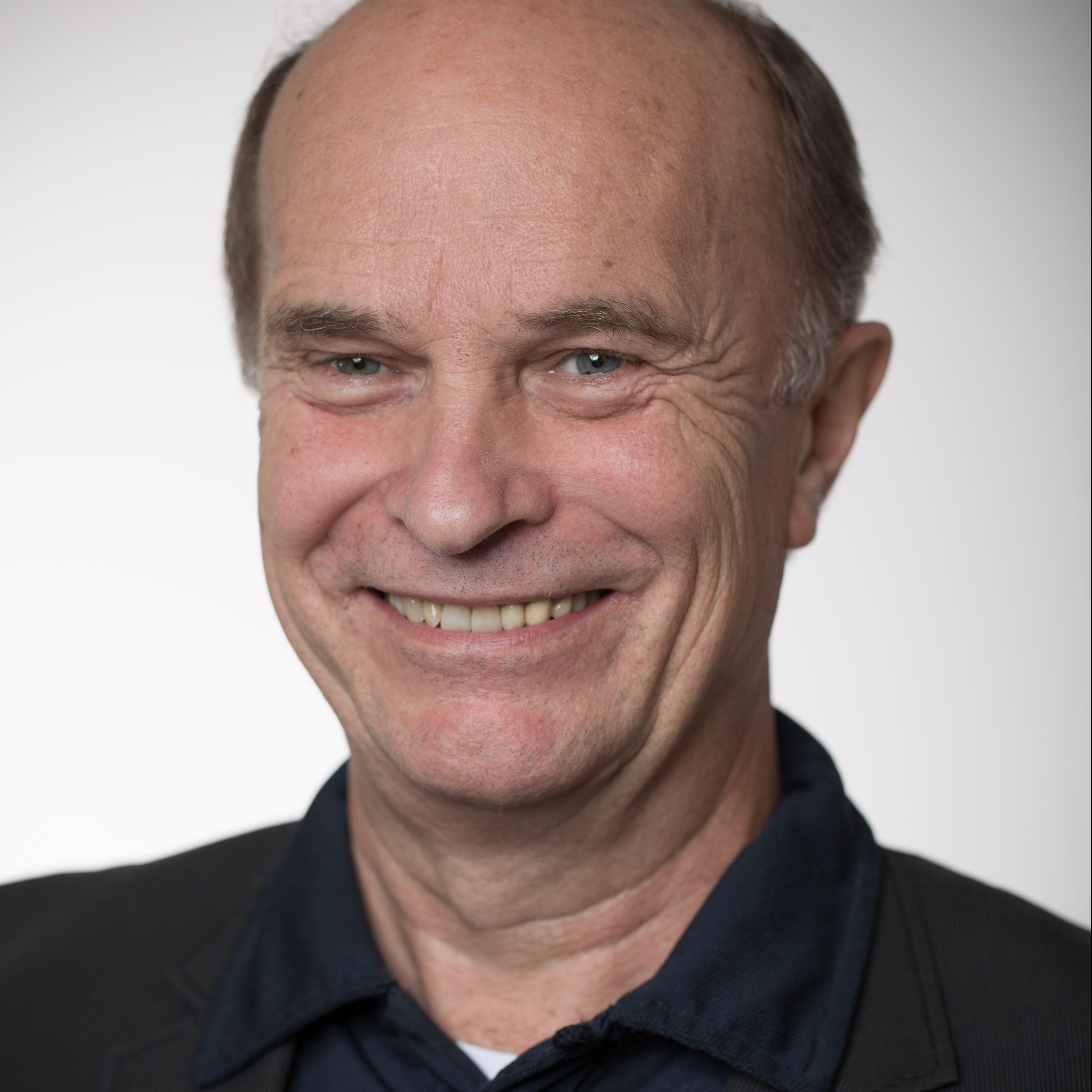 Dr. Anders J. B. Seim